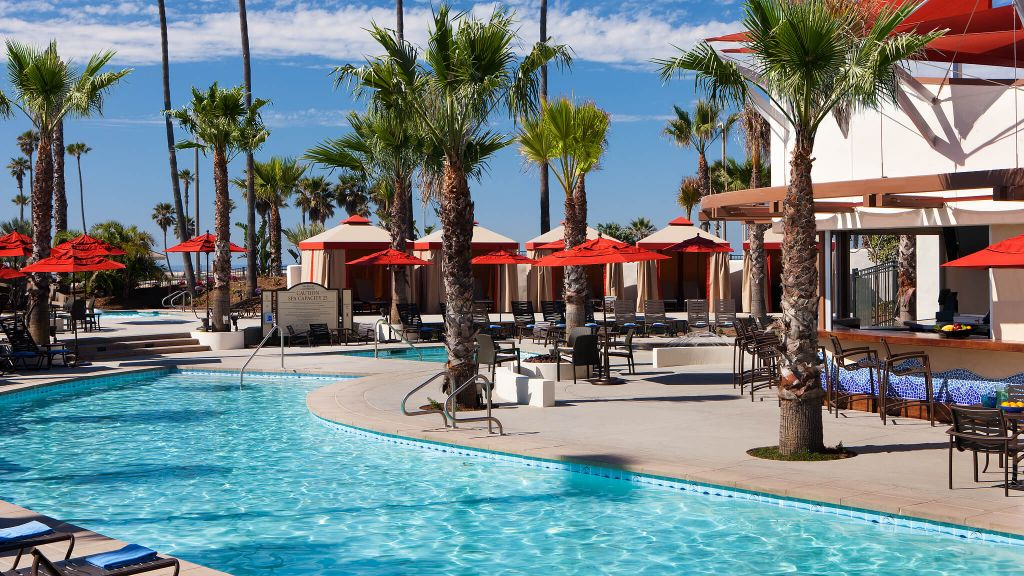 Pool overview at the Hyatt Regency in Huntington Beach